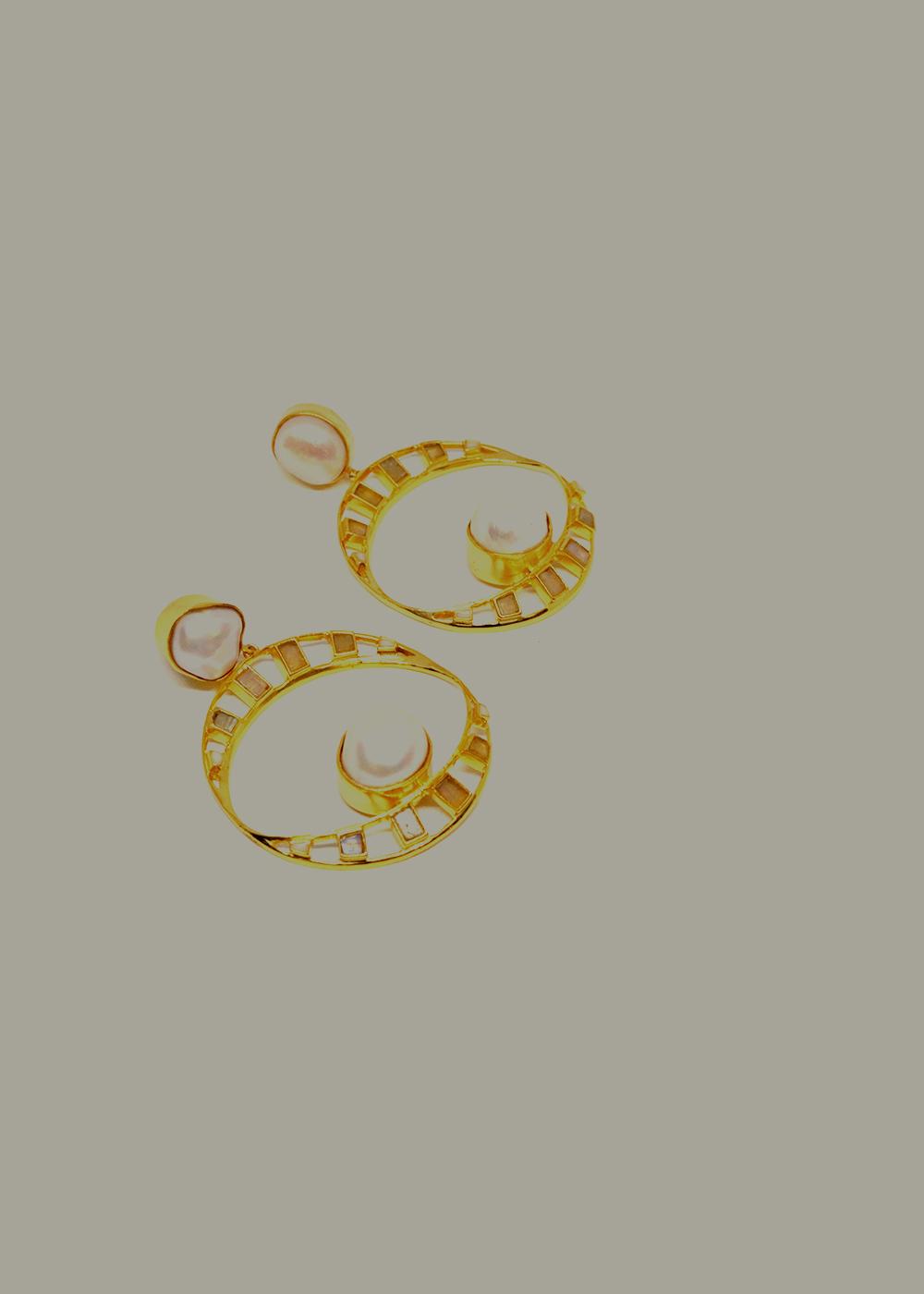 earrings pearls and moonstone