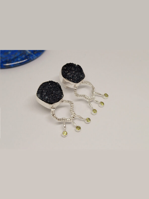 Earrings Grey Druzy And Peridot