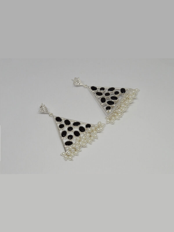 Maaya Earrings Black Onyx And Pearl